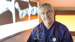 Ghismo Onlus - Dott.Floris - Veterinario fondatore - addestramento cani disabili